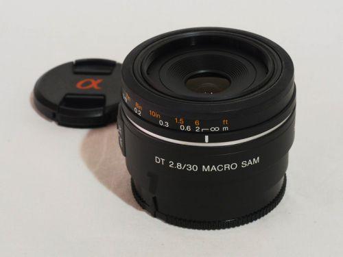 DT 30mmF2.8 Macro SAM [SAL30M28] 【中古】(L:548)