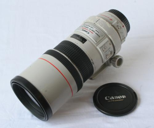 EF 300mmF4L IS USM 【中古】(L:051)
