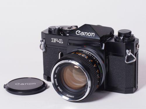 F-1 + FD50mmF1.4 【中古】(B:996)